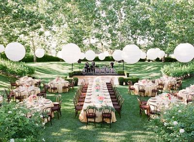 Inspirasi Dekorasi Pernikahan Outdoor dari Mewah Hingga Sederhana
