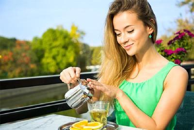 Ingin Mengurangi Berat Badan dan Hidup Sehat? Bisa Coba Minum Teh Hijau Ddengan Cara Ini!