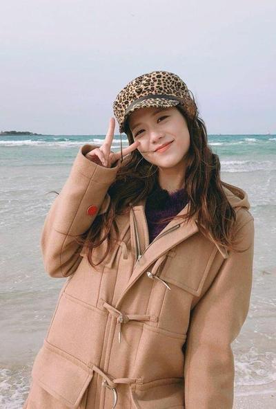 Ladies, 6 Style Ala Jisoo Blackpink Ini Bisa Jadi Inspirasi Daily Outfitmu, Lho!