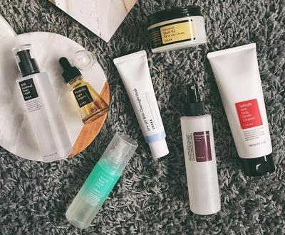 Basmi Acne Problem! Rangkaian Produk Skincare Cosrx yang Pas Banget Buat Kulit Berjerawat