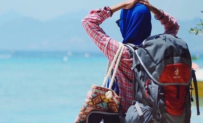 Untuk Para Hijabers yang Pengen Traveling Luar Negeri, Intip Yuk Beberapa Tips Ini! Dijamin Liburanmu Makin Asyik