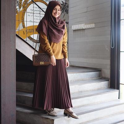 Hijab Segi Empat Menutup Dada