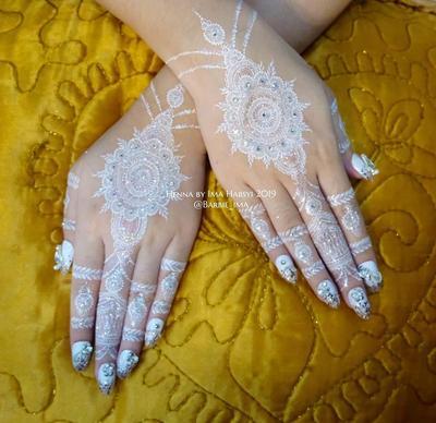 Desain Henna Pengantin Ini Akan Membuat Tampilan Tanganmu