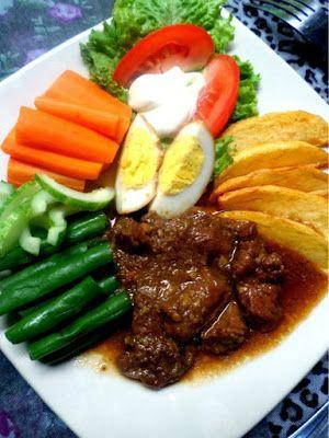 Suka Mencicipi Makanan Lezat? 6 Kuliner Malam Bandung Ini Wajib Kamu Coba, Ladies!