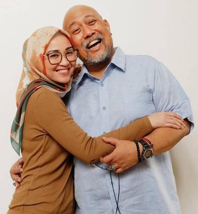 Hijab Style ala Hada Kusumonegoro, Anak Indro Warkop yang Kece!