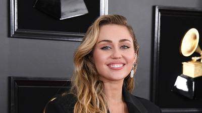 Stunning! Ini 6 Gaya Makeup Paling Mencuri Perhatian di Grammy Awards 2019