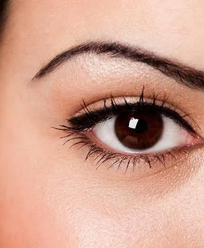 Mata Lebih Ekspresif dengan Simple Liner