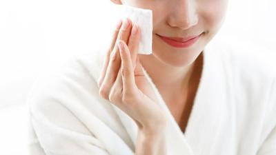 Triple Cleansing Ini Bisa Dicoba untuk Pembersihan Wajah Maksimal, Tiga Langkah Efektif!