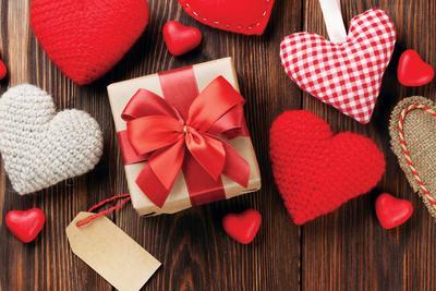 5 Ide Hadiah Valentine Romantis, Dijamin Bikin 'Si Dia' Meleleh!
