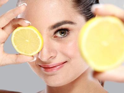 Ternyata Gak Sama! Ini Dia Manfaat Campuran Lemon yang Tepat Berdasarkan Jenis Kulit