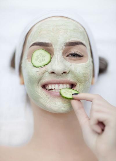 1. Masker Wajah