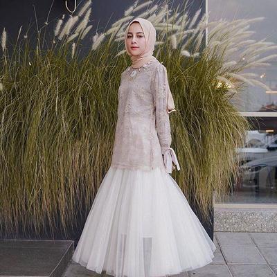 Sahabat Muslimah, Gaya Selebgram dengan Kebaya Cantik Ini Bisa Jadi Inspirasi