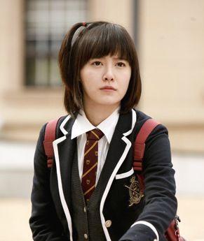 Tetap Manis, 8 Gaya Rambut Ala Cewek Drama Korea Ini Boleh Kamu Tiru