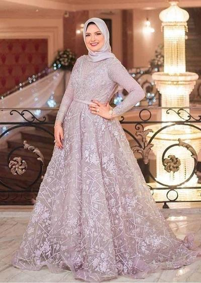 4.Gaun Muslim Brokat