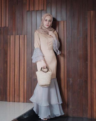 6.Gaun Muslim Kondangan