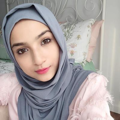 Pengen Tampil Cantik ala Slebgram Malaysia ? Simak Tipsnya!