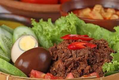 Wajib Coba, 4 Tempat Makan Gudeg Paling Enak di Yogyakarta