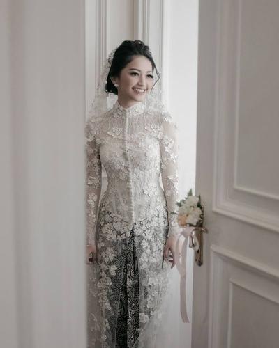 Tips Memilih Gaun Pengantian Adat yang Tepat untuk Pernikahan