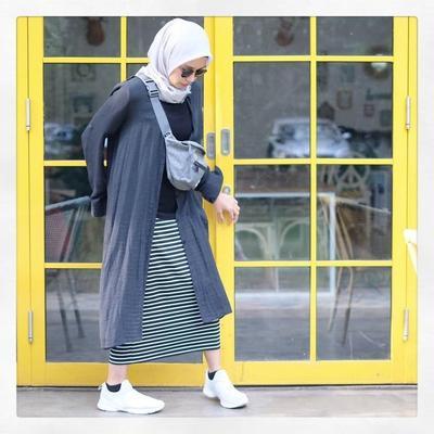 Stripe Skirt, Long Cardi Mix Funny Pack