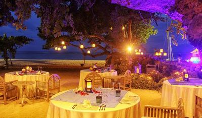 5 Restoran untuk Diner Romantis Bareng Suami di Bali, Pasti Berkesan Banget!