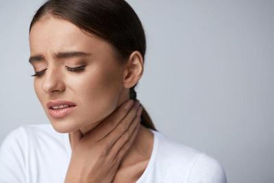 Tenggorokan Sakit Saat Menelan, Cari Tahu Penyebab dan Cara Mengatasinya