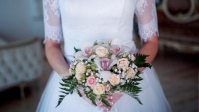 7 Inspirasi Buket Bunga Pengantin untuk Momen Pernikahan yang Bakal Kamu Suka