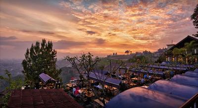 Romantis Nan Sejuk, 3 Spot Ini Cocok Banget Jadi Tempat Bulan Madu di Bandung