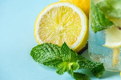 Minum Air Perasan Jeruk Lemon
