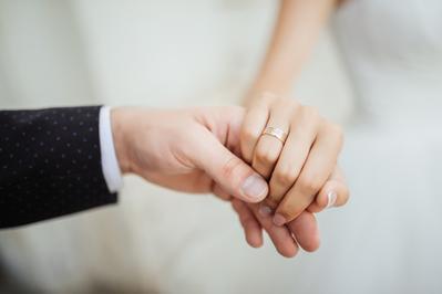 Tips Memilih Cincin Kawin yang Tepat di Hari Pernikahan