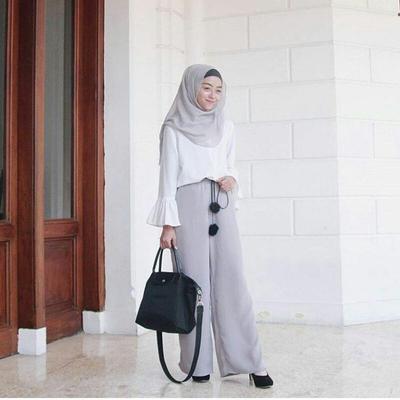 Jangan Salah Pilih, Ini 4 Model Celana Kulot yang Cocok untuk Hijabers Bertubuh Gemuk!