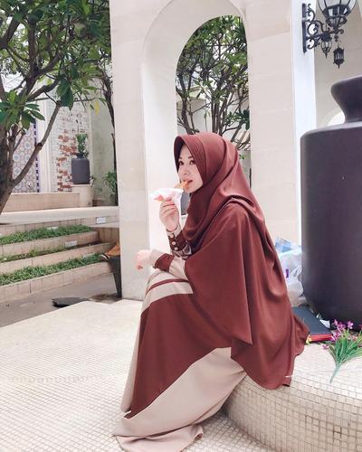 4. Ayana Jihye Moon