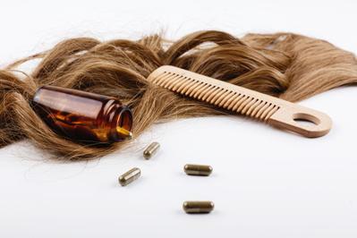 4. Jangan Absen Pakai Vitamin Rambut
