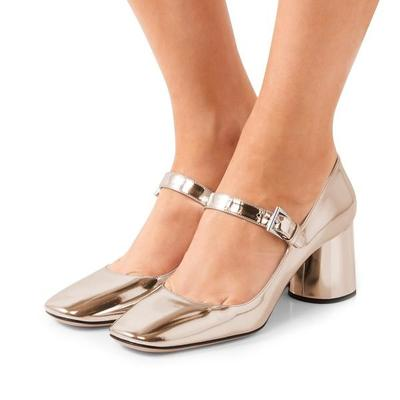 5.Square Toed Shoes Heels.