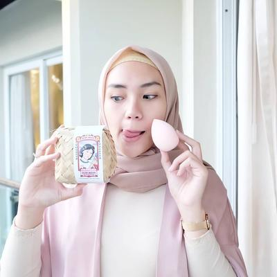 Gak Perlu Mahal, 5 Beauty Blender di Bawah Rp100 Ribu Ini Bikin Hasil Makeup Flawless