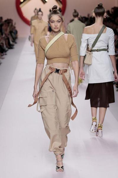 Dedikasi dari Fendi untuk Karl Lagerfeld di Milan Fashion Week 2019