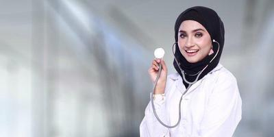 [FORUM] Ada yang tahu dokter kulit di Bandung yang bagus tapi biayanya terjangkau???