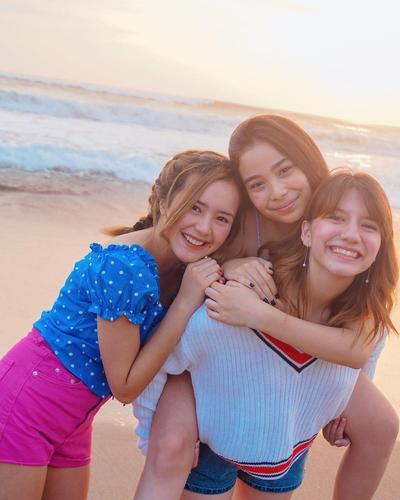 Bukan Uang, Ini 6 Tips agar Hidup Bahagia dengan Cara yang Sederhana