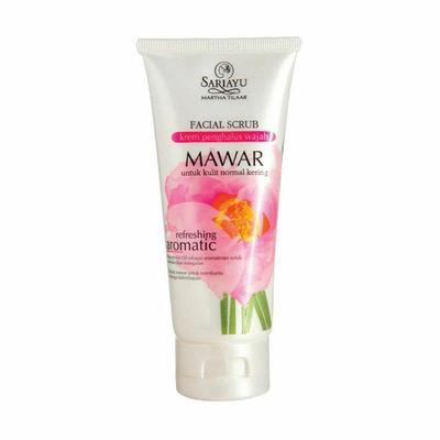 1.Sariayu Facial Scrub Mawar