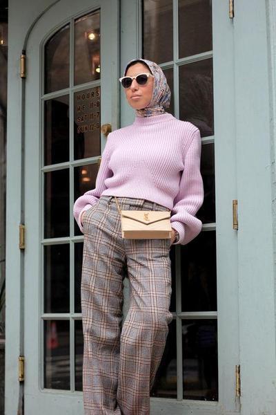 1.Plaids Pattern Pants