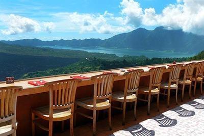 Lelah Dengan Hiruk-Pikuk Ibukota? Kunjungi 5 Resto Tenang Di Bali Ini