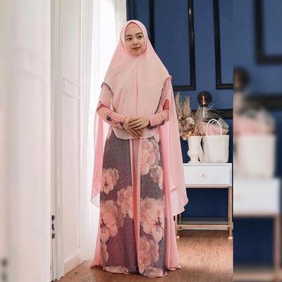 Gamis Bermotif Bunga Pink