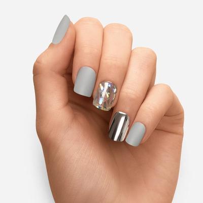 Dashing Diva Press-On Nails