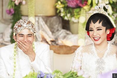 1. Nagita Slavina dengan Raffi Ahmad