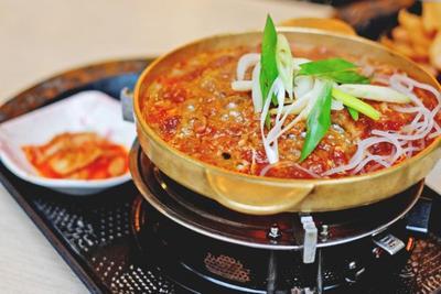 5 Rekomendasi Restoran Korea Halal di Jakarta yang Wajib Kamu Coba!