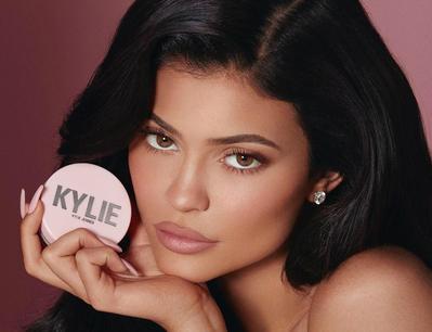 5 Produk Makeup Kylier Jenner Terbaru 2019