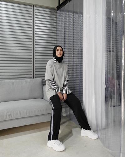 Mix and Match Style Kece ala Desainer Rani Hatta untuk Kamu Bertubuh Jangkung