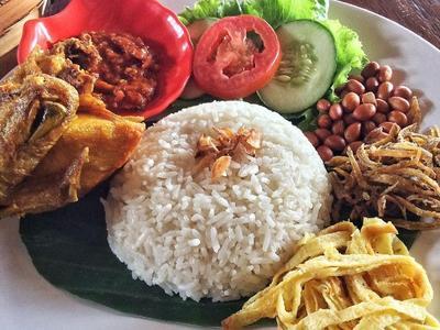 Resep Nasi Uduk Betawi dengan Rasa Khas, Coba Sendiri di Rumah Yuk!