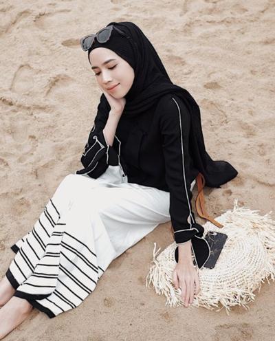 Memakai Hijab Pashmina Simple