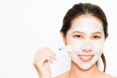 5. Penggunaan Skincare yang Kurang Tepat