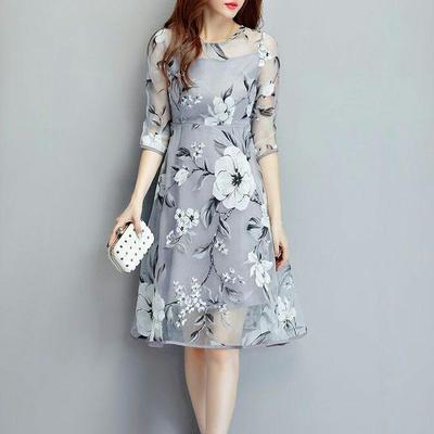 2.Dress Floral
